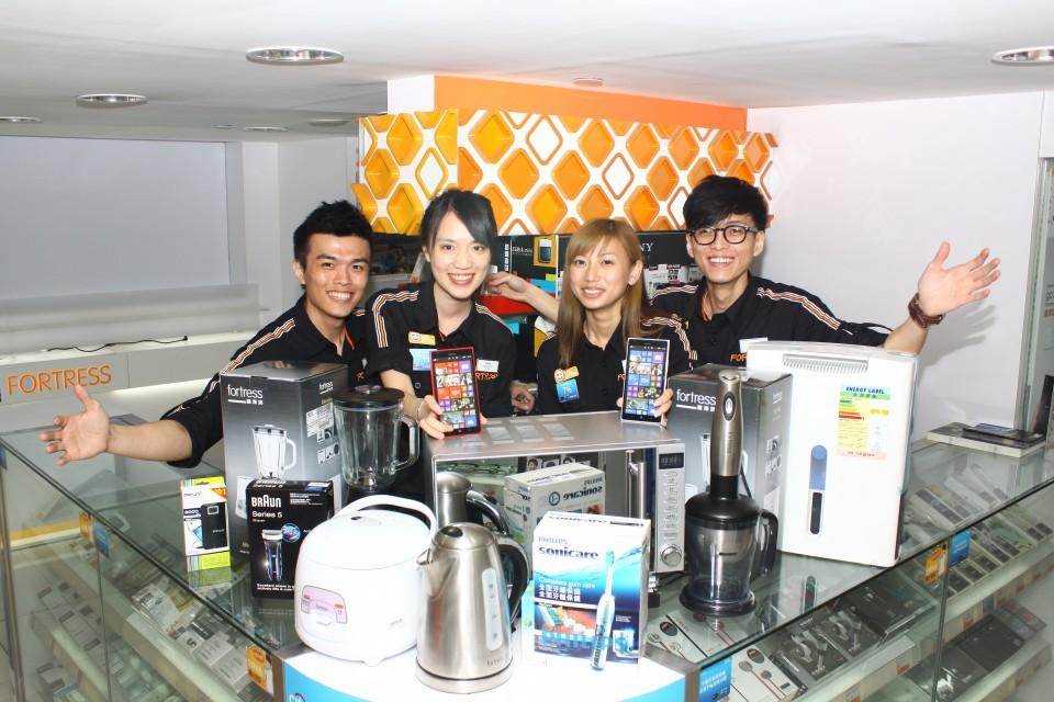 豐澤員工為慈善義賣活動盡心盡力