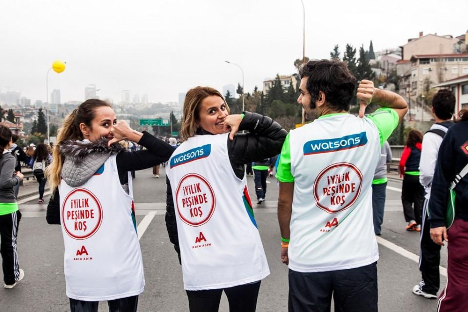 土耳其屈臣氏的員工一同參與伊斯坦堡馬拉松