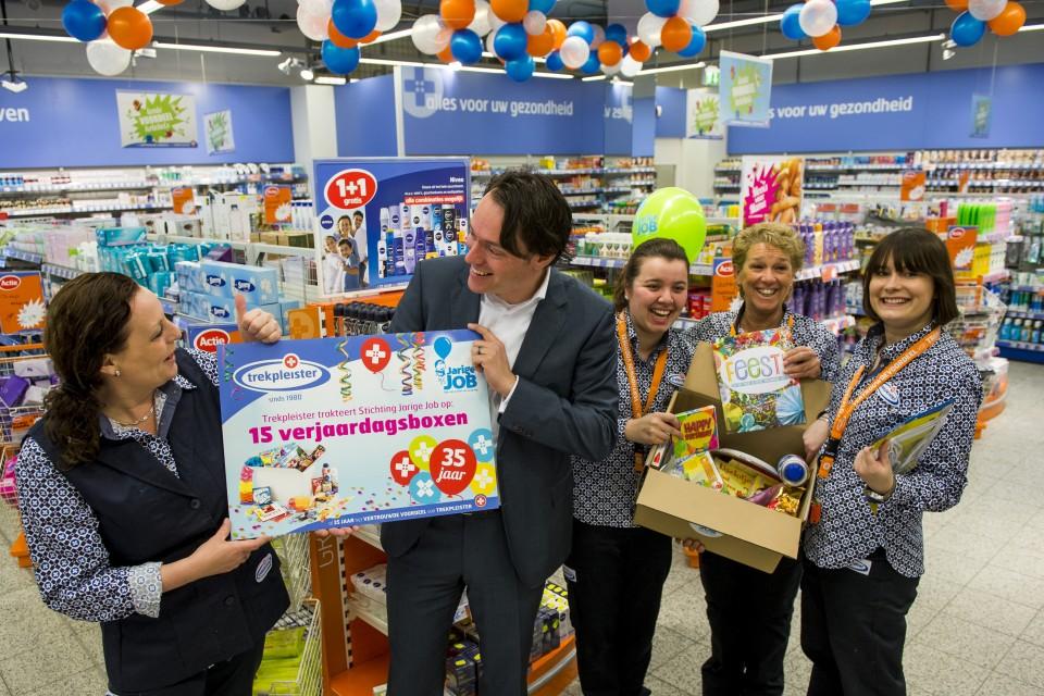 荷蘭Trekpleister新店開張,捐款予當地的地區慈善組織