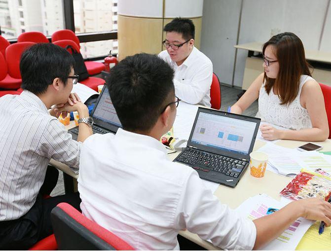 香港管理專業協會「管理演習」上課情況