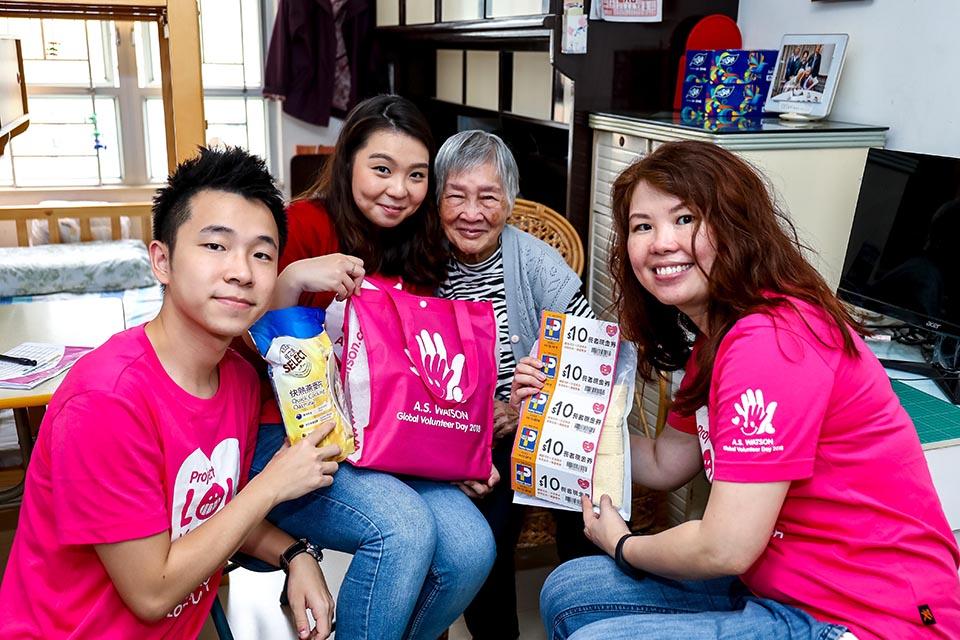 01 Elderly Visit