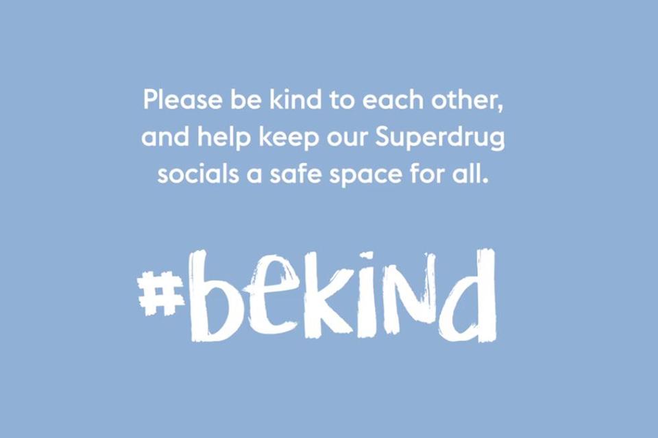 19 Be Kind - Social Image SD